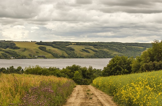 Saskatchewan road and hills